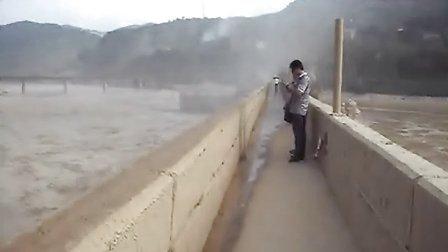 三门峡黄河大坝泄洪(2013.08.04)