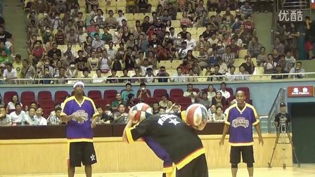 2013年8月美国哈林篮球表演队中国巡演