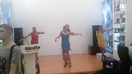 凯舟文化2013年08月03日新国际 现场爵士舞表演