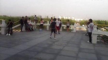 邳州七夕沙沟湖舞蹈表演