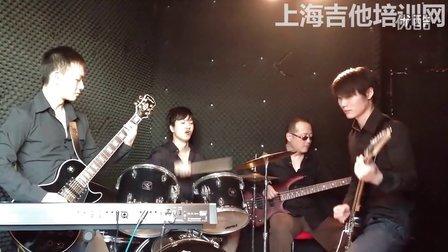 上海学吉他 上海吉他培训网 www.shguitaredu.com