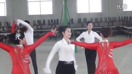 祁阳红太阳文艺健身舞蹈队《火恋》(三步踩集体舞)