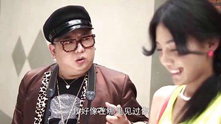 疯狂的微信看看国内著名演员彭波怎么用微信继续泡妞