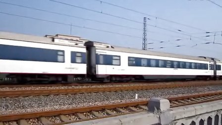 [2013.08.10]T75次京广线正定站通过