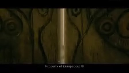 《亚瑟和他的迷你王国》1