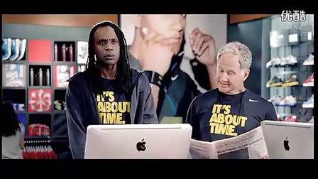 电影《回到未来2》里面,主角所穿的Nike Mag