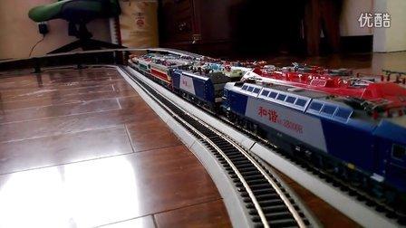 HXD3机车与HXD3C机车通过机务段