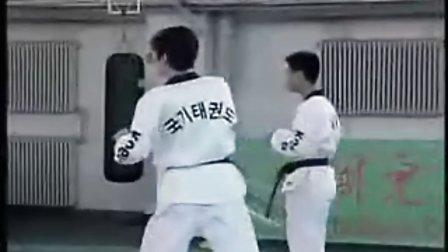 【侯韧杰 TKD 教学篇】之崔永福跆拳道11