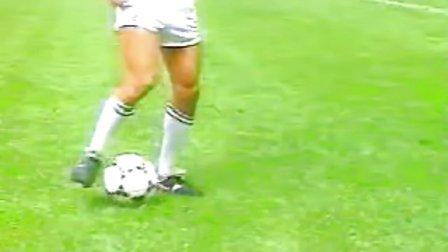 基础足球技术 脚内侧停球