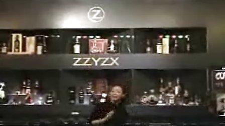 【娱乐美女】美女调酒师热舞
