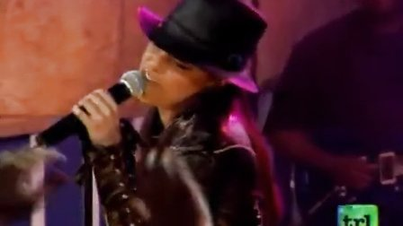 Alicia Keys - You don't know my name (Live at TRL 2003) 现场