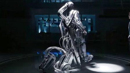 《机械战警》(《铁甲威龙》) 电影预告