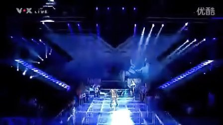 Usher - Dj got us falling in love again LIVE X-Factor