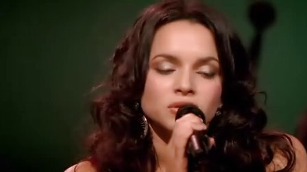 舒缓音乐Norah.Jones.And.The.Handsome.Band.Live.In.2004