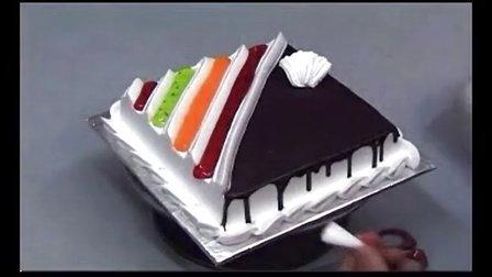 做生日蛋糕裱花 生日蛋糕裱花视频