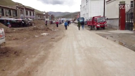 拉藏乡-萨嘎县,修路的萨嘎县