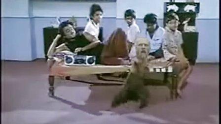 超级搞笑!国外牛人的热舞视频