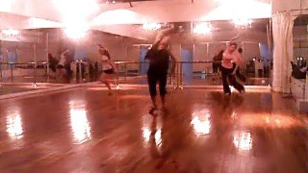 傣族舞《彩云之南》舞蹈视频出来了哦。。猫猫舞蹈社