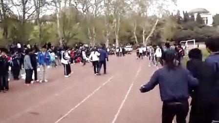男女混合两人三腿跑