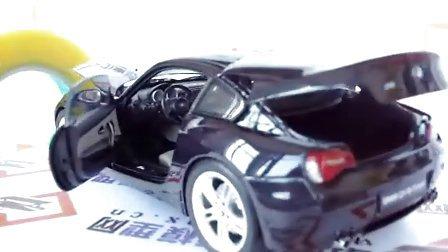 [汽车模型]宝马 Z4 M coupe 1:18 蓝黑色