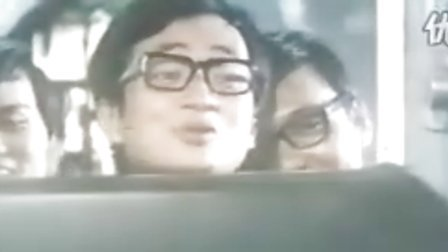 香港早期电影:《巴士奇遇结良缘》