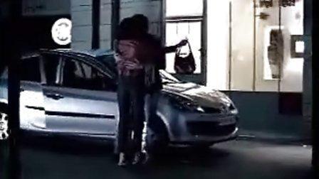 国外雷诺汽车广告 (搞笑)