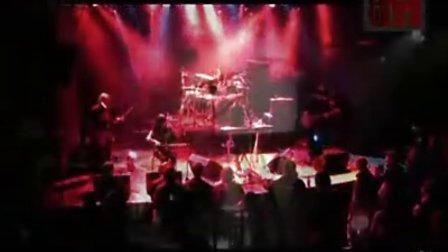 冷酷仙境乐队现场演出《等待告别》