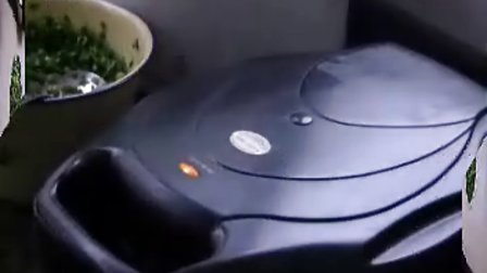 用电饼铛做韭菜鸡蛋饼