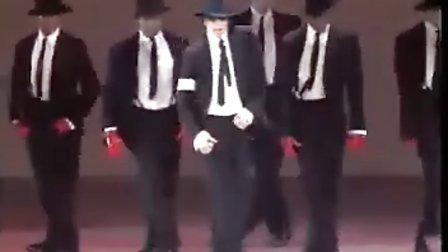 迈克杰克逊最经典舞蹈MV