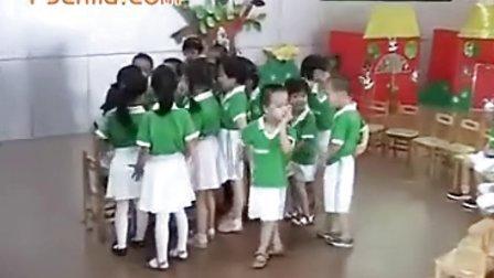 莆田市荔城区拱辰中心幼儿园小班语言活动《谁会爬》