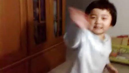 丁丁宝宝跳街舞(3岁)