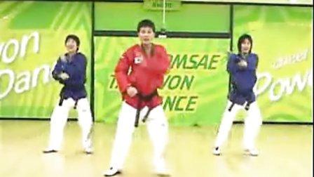 【侯韧杰 TKD 教学篇】之 MOTOO官方跆拳道舞教学10