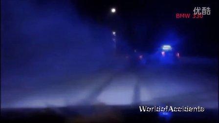 宝马汽车就是快 超速  事故 车祸