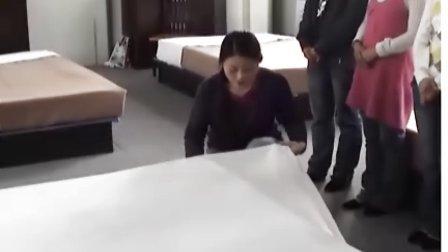 教学录象西式铺床实训