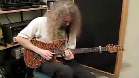 Guthrie Govan playing to Johnny Winter style