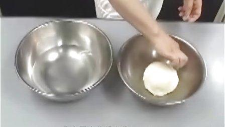 我家厨房-日本制作-美食视频之批萨-做法