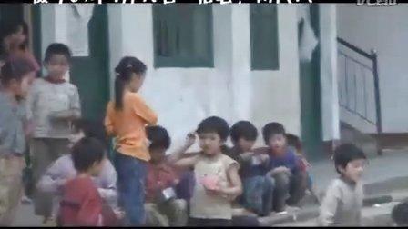 【拍客】心酸,实拍贫困山区孩子的午饭