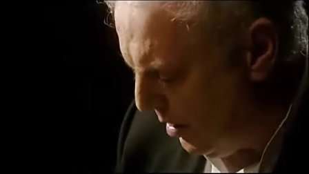 贝多芬第17暴风雨钢琴奏鸣曲(d小调Op31No2)第一乐章