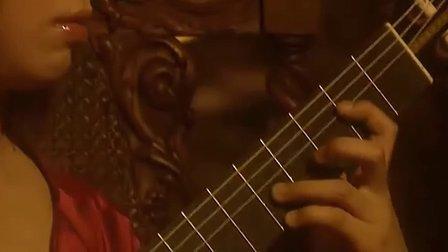 村治佳织的《阿兰胡埃斯协奏曲》