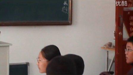 哈热电学校的化学实验课