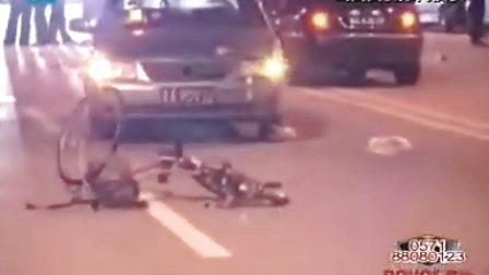 浙江卫视:南京江宁重大车祸  拍客现场视频记录