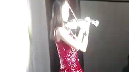 提琴仙女—2012年5月30日长春市南湖宾馆婚礼电子小提琴演出视频—赋格—电提琴