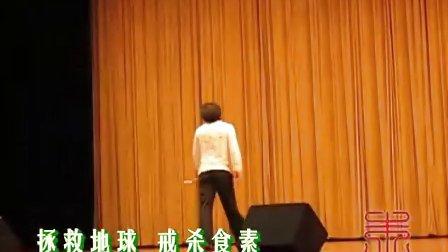 [拍客]世界双节棍棍王吕一杰在淄博的表演