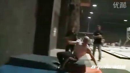 《忍者刺客》(Ninja Assassin)拍摄花絮2:格斗场面训练