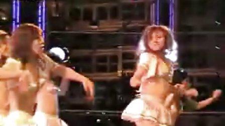 NBA中国赛美女啦啦队狂秀劲舞