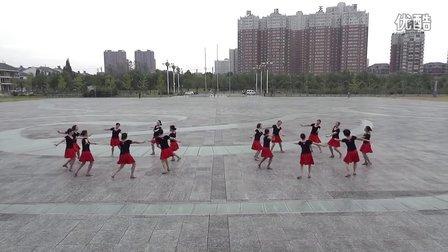 向韩广场舞   《相逢是首歌》