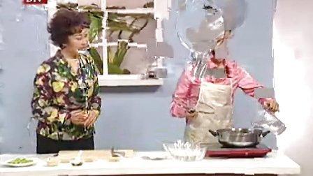 养生厨房-核桃仁拌芹菜-顾奎琴