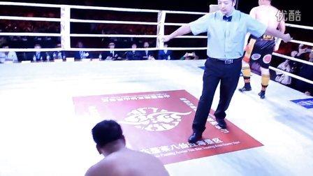 """""""龙王""""张君龙28秒3次击倒KO对手斩获首条WBO中国金腰带"""