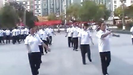 乌鸡之乡(泰和)广场舞 双枪老太婆