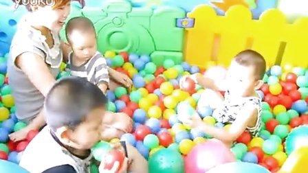 中国国际儿童启蒙教育协会 感统训练 感觉统合训练 小孩子练习抓球